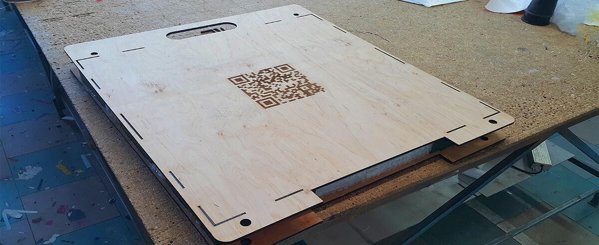 Изготовление дизайнерской упаковки из фанеры