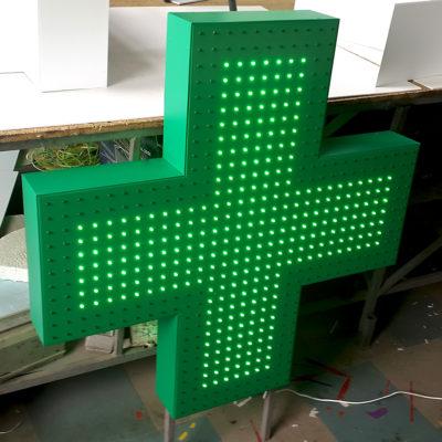 Светодиодный крест для аптеки