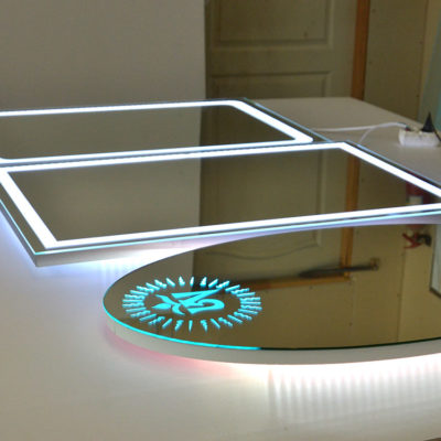 Зеркала разных форм с лед подсветкой
