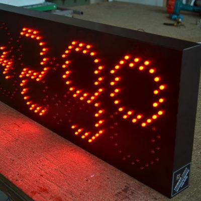 Светодиодный термометр