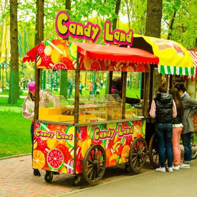Оклейка пленкой тележки Candy Land