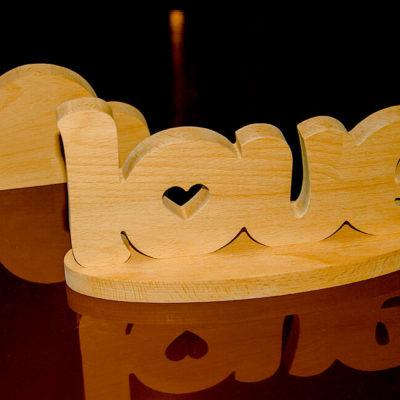 Сувенир букры из дерева love
