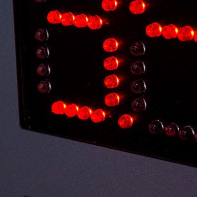 Светодиодные цифры красного цвета