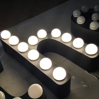 Объёмные буквы ретро с лед подсветкой
