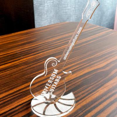 Сувенир в виде гитары