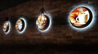 Круглые световые вывески в интерьер